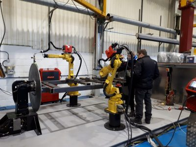 used FANUC ROBOTS FOR SALE